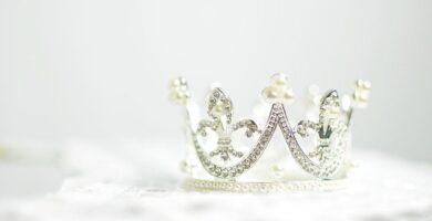 Peinados con corona
